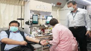 疫情趨緩 中油煉製事業部徐執行長號召捐血