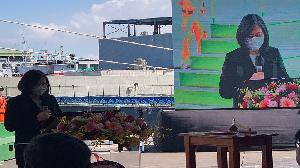 總統蔡英文蒞臨台船 主持巡防艦「嘉義艦」命名暨下水典禮