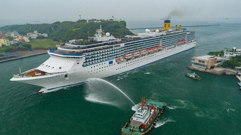 歌詩達大西洋首航 揭開高雄物產市集序幕