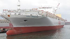 台船公司修船再創佳績 成功改造1.3萬TEU貨櫃輪