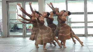 「台灣芭蕾舞團」高鐵左營站快閃演出